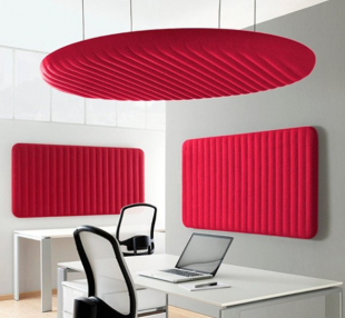 panneau acoustique rouge mur et plafond