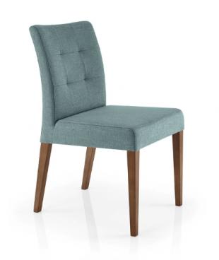chaise en bois et tissu matelassé style contemporain