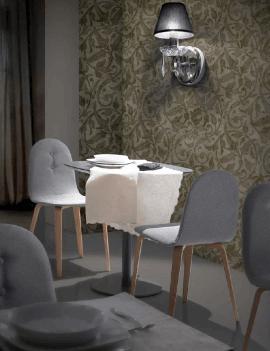 chaise design en bois et tissu coloré sobre