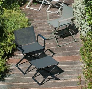 sièges lounge en acier laqué et résille noire ou vert olive