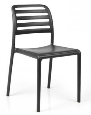chaise d'extérieur en acier laqué noir