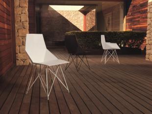 chaise design forme géométrique moderne blanc ou noir