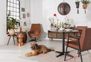 mobilier en cuir et luminaire inspiration vintage chic