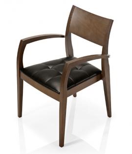 chaise en bois et tissu capitonné avec accoudoirs