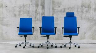 siège de bureau design en tissu bleu