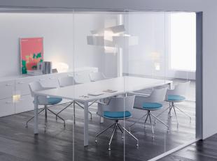 espace réunion design et moderne mobilier blanc