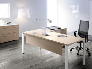 bureau d'angle classique blanc et bois clair