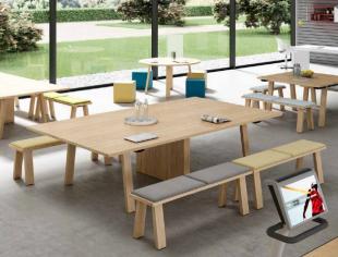 table et banquettes en bois inspiration champêtre pour entreprise