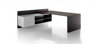 bureau d'angle fonctionnel en bois foncé