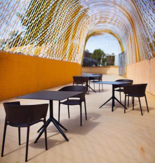 fauteuils et tables design assortis polypropylène noir