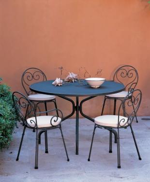 chaise d'extérieur en acier forgé noir romantique