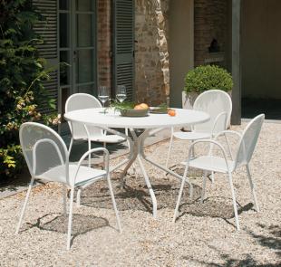 chaise d'extérieur moderne en acier perforé blanc