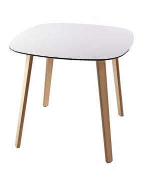 table basse design en bois et verre blanc