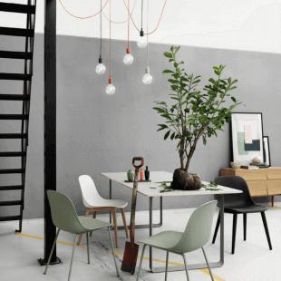 table chaises et luminaire design style scandinave