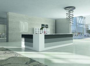 espace d'accueil spacieux et moderne avec luminaire design