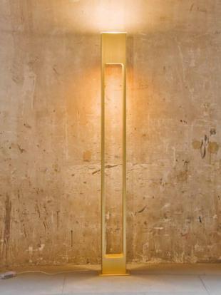 luminaire halogène design en aluminium laqué