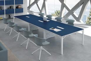 espace réunion mobilier design moderne et coloré