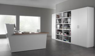 aménagement d'espace accueil mobilier blanc