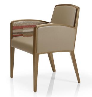 chaise en bois et tissu rembourré avec accoudoirs