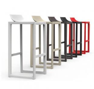 tabourets de bar design pour extérieur rouge blanc ou gris