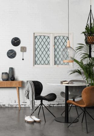 chaise luminaire et décoration scandinave