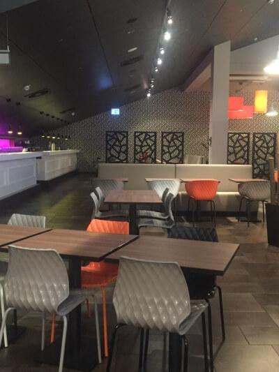 décoration de restaurant séparations d'espace design