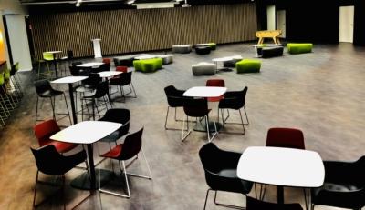 Espace Collectif & Conférences (67) - 2